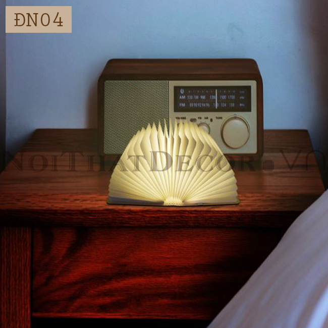 Đèn ngủ hình quyển sách bìa gỗ DN04
