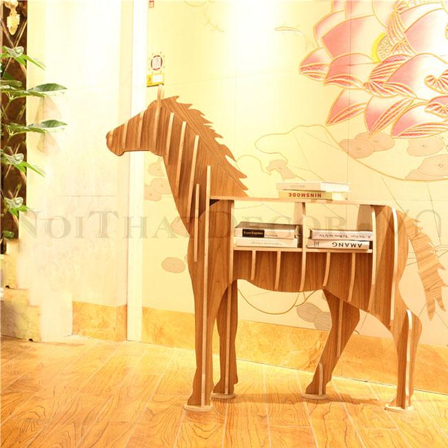 kệ sách hình con ngựa noithatdecor.vn